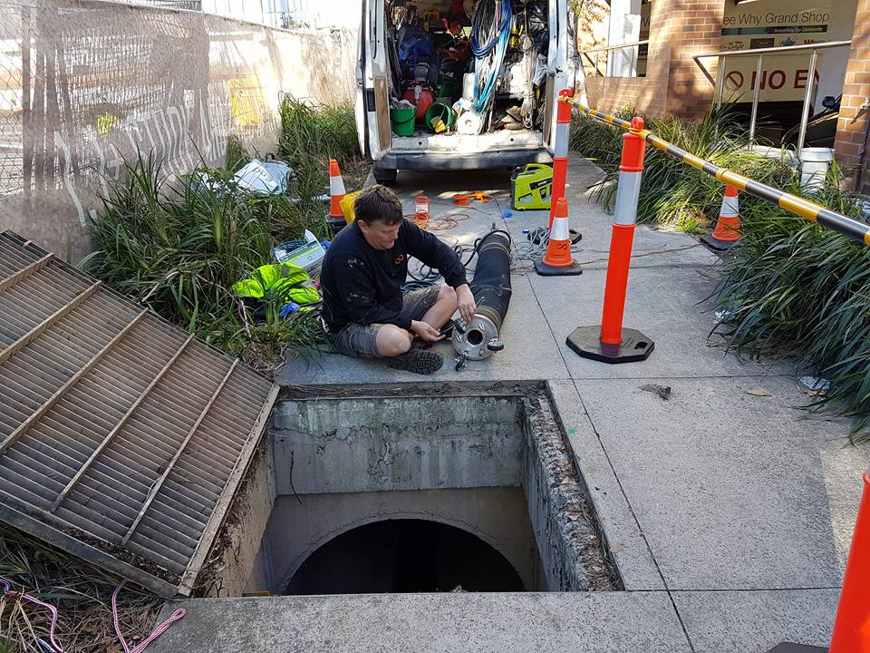 450mm stormwater pipe relining at Dee Why Grand